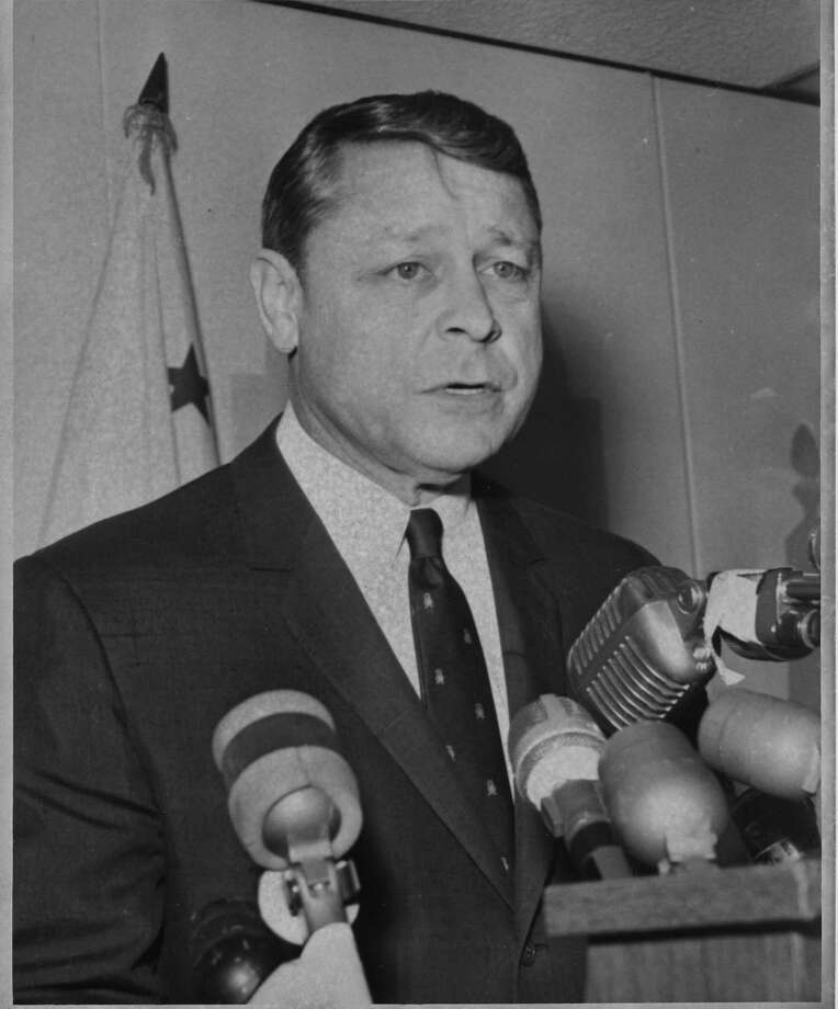 J. Eugene McAteer Photo taken 02/1967 Photo: Bill Young / Bill Young / The Chronicle 1967 / ONLINE_YES