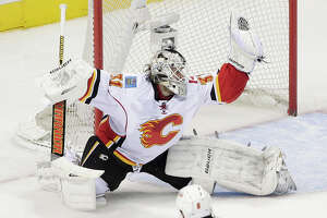 Sharks shut out 2nd time, by Calgary's Karri Ramo - Photo