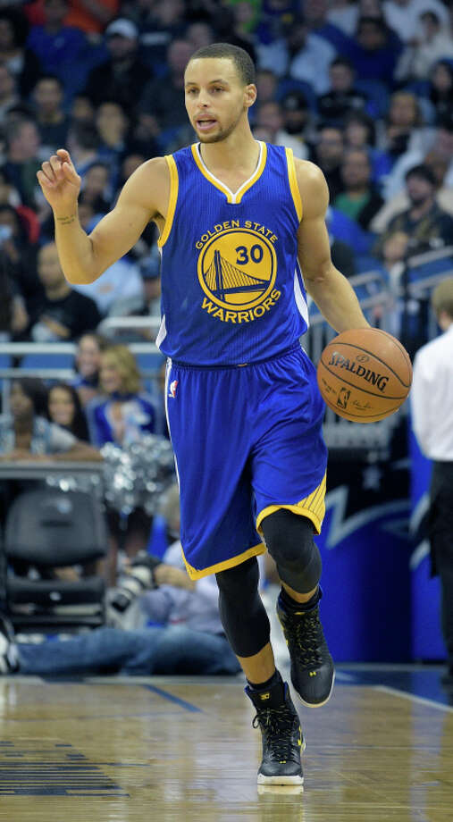 Stephen Curry and the Warriors visit the Charlotte Hornets at 4 p.m. Friday. Photo: Phelan M. Ebenhack / Associated Press / FR121174 AP