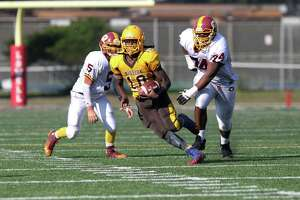 Mission defeats Lincoln 36-12 in Turkey Day Game - Photo