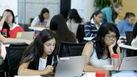 Technological literacy becomes core subject - Photo