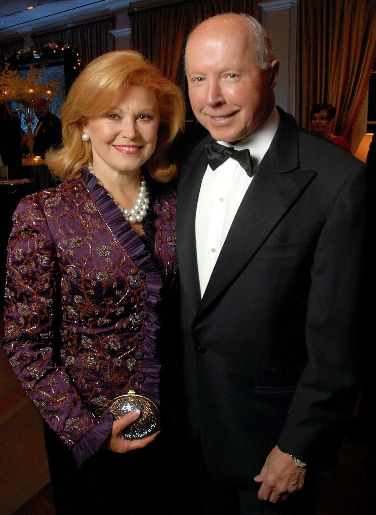 Jan and Dan Duncan at the Crystal Ball at the River Oaks Country Club Wednesday Dec. 10, 2008. The Duncans were major donors for the Neurological Research Institute at Texas Children's Hospital.