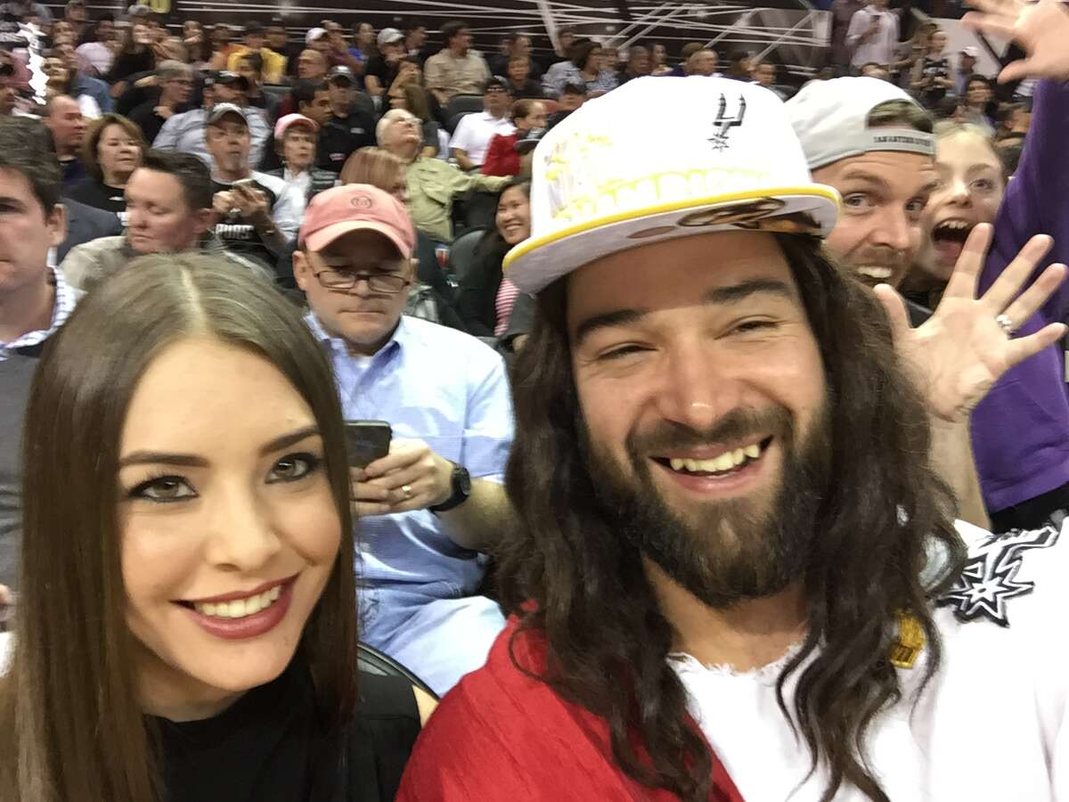Spurs Jesus took in the Spurs win over the Kings Friday night and stopped to greet the masses while cheering on the reigning champs.