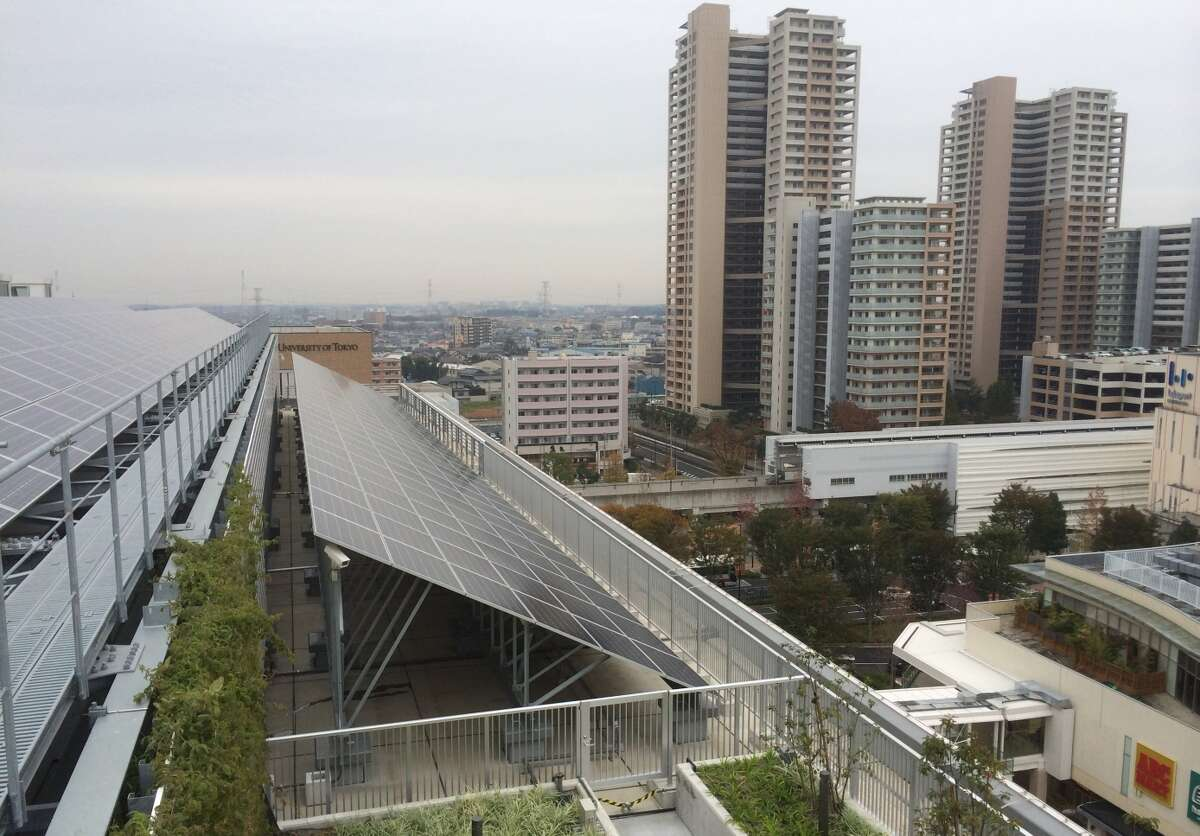 Kashiwa-no-ha Smart City, a new community northeast of Tokyo, can supply all its own power for three days following an earthquake or other disaster.