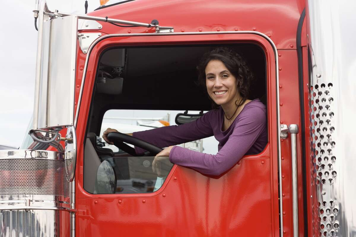 10. Driver/sales workers and truck drivers Women's earnings as pct. of men's: 73.7 percent Women median weekly earnings: $545 Men median weekly earnings: $739 Number of workers: 2,658,000 Source: 24/ Wall St.