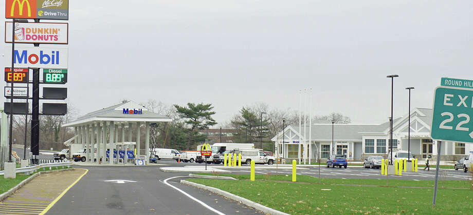 The rest stop on the northbound side of Interstate 95, at exit 22, should be open in about two weeks. Photo: Genevieve Reilly / Fairfield Citizen