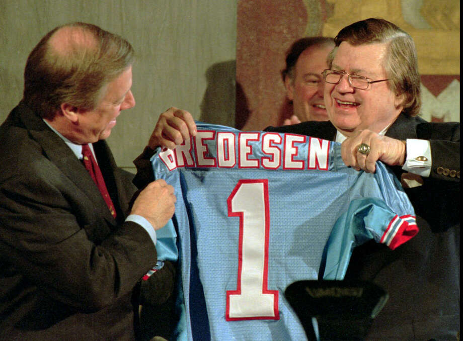 Bud Adams (right) owner of the Houston Oilers, presents Nashville, Tenn., Mayor Phil Bredesen with a personalized Oilers jersey at a ceremony on Nov. 16, 1995. The two appeared together to sign the deal that moved the Oilers to Nashville for the 1998 season. Photo: MARK HUMPHREY / Mark Humphrey / Associated Press / AP1995