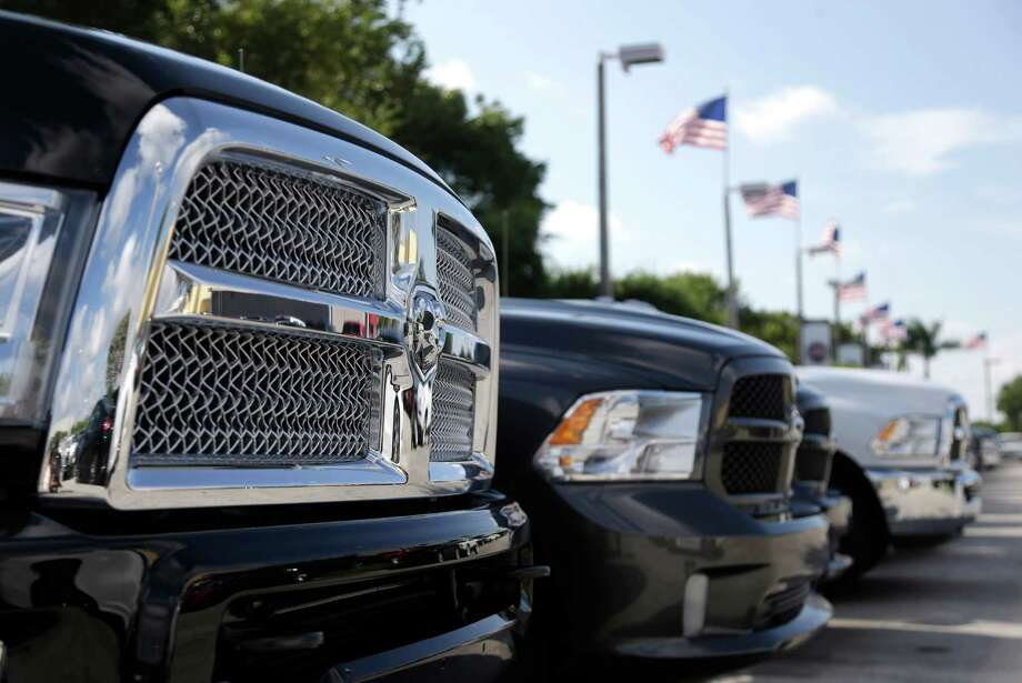 Sales were strong for November, and the auto industry expects more of the same this month. December is always a big month for luxury sales. Photo: Lynne Sladky, STF / AP