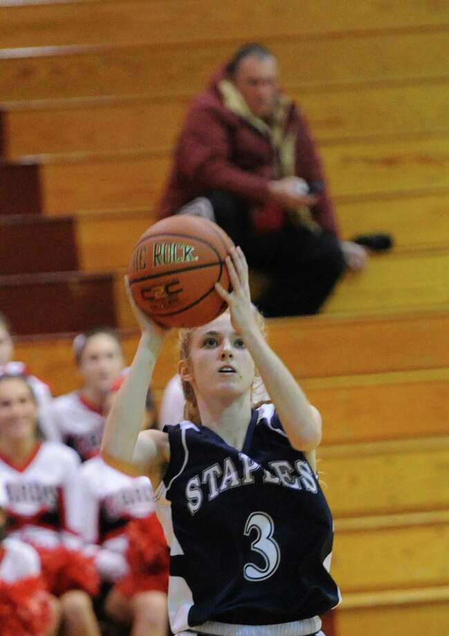 Staples senior Abby Lustig led the team in scoring last year. The Wreckers went 7-13 and missed the Class LL tournament by a single game. Photo: Bob Luckey / Greenwich Time