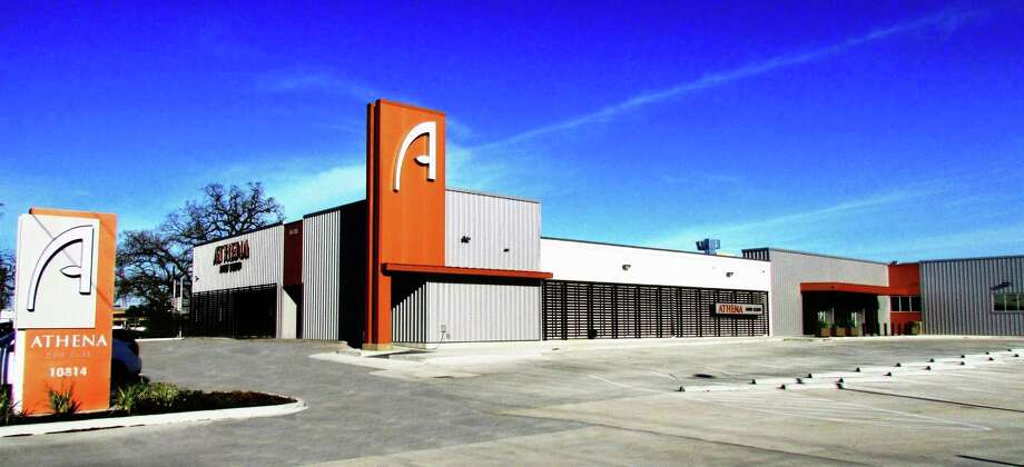 Athena Gun Club (Five Stars)10814 Katy FreewayHouston, Texas 77043athenagunclub.comAmenities: 40,000 square feet of space with 26 shooting lanes, advanced ventilation system, digital pulley system, a retail store, and numerous classes to choose from. Photo: Athena Gun Club