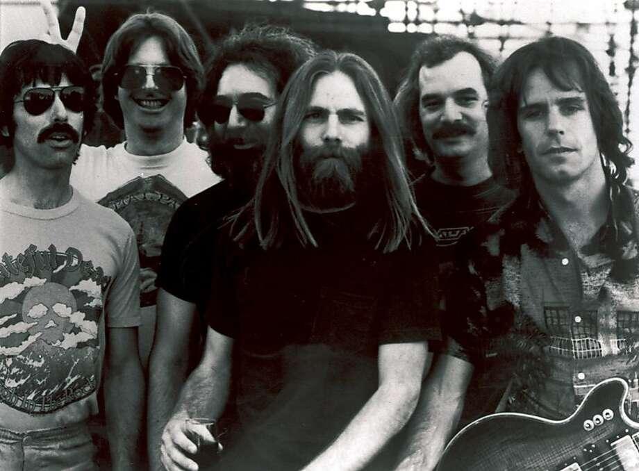Members of the Grateful Dead,L-R, Mickey Hart, Phil Lesh, Jerry Garcia, Brent Mydland, Bill Kreutzmann, and Bob Weir. (AP Photo/File) Photo: ASSOCIATED PRESS