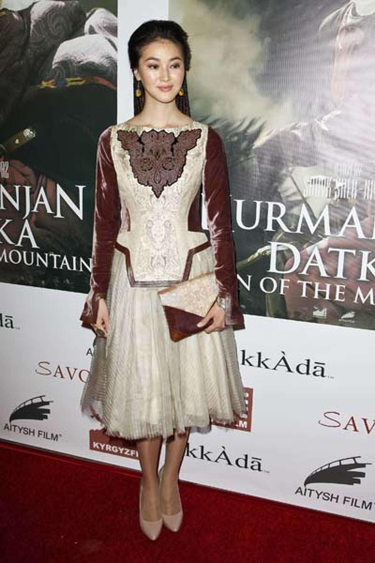 Elina Abai Kyzy in Hollywood