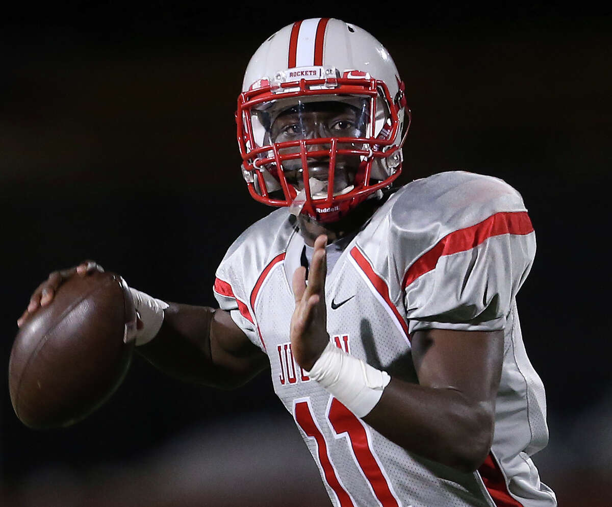 Judson freshman quarterback Julon Williams looks for a target down field against Smithson Valley at Rutledge Stadium on Nov. 7.