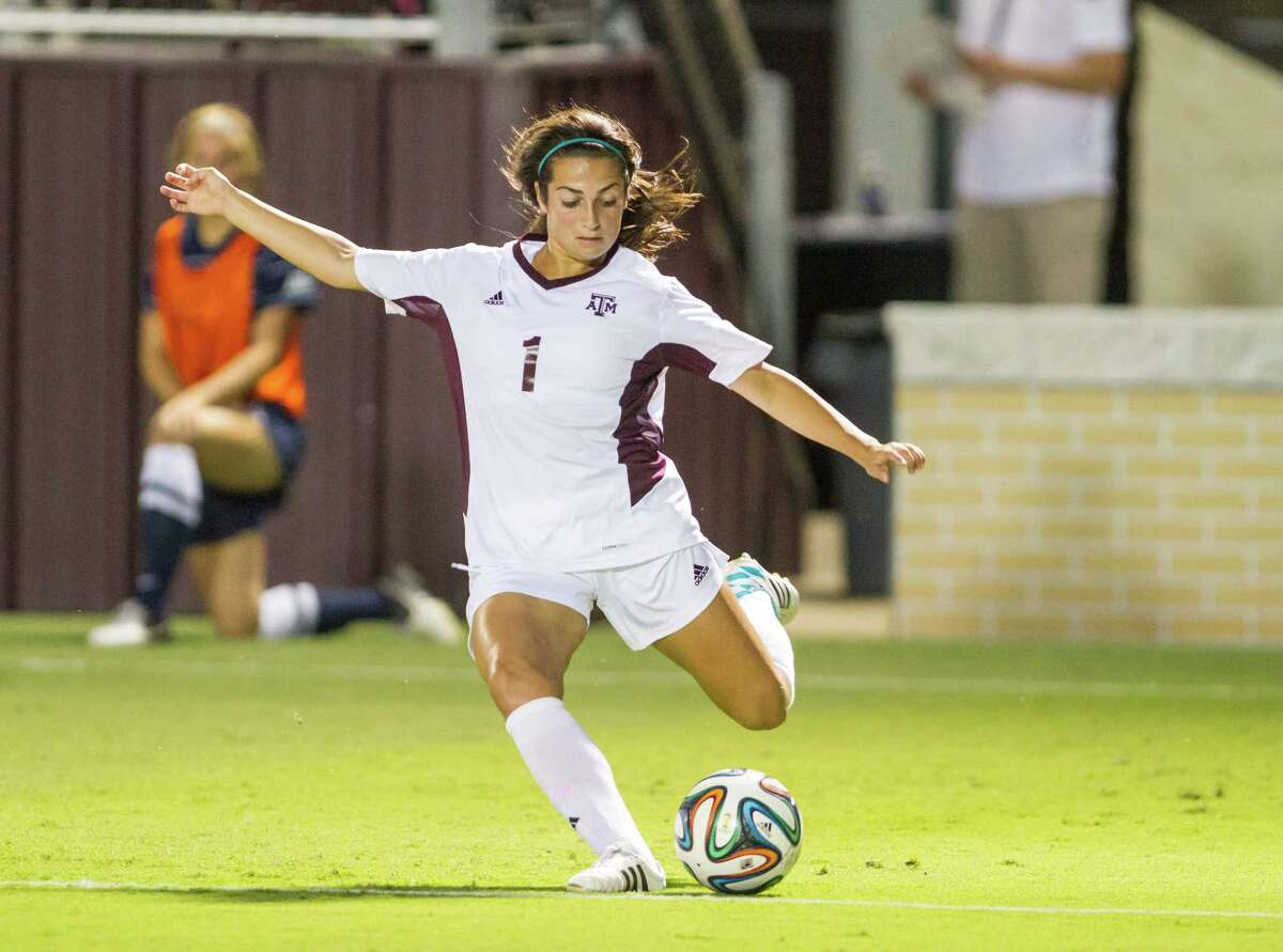 2014 action art of Texas A&M soccer player Allie Bailey.