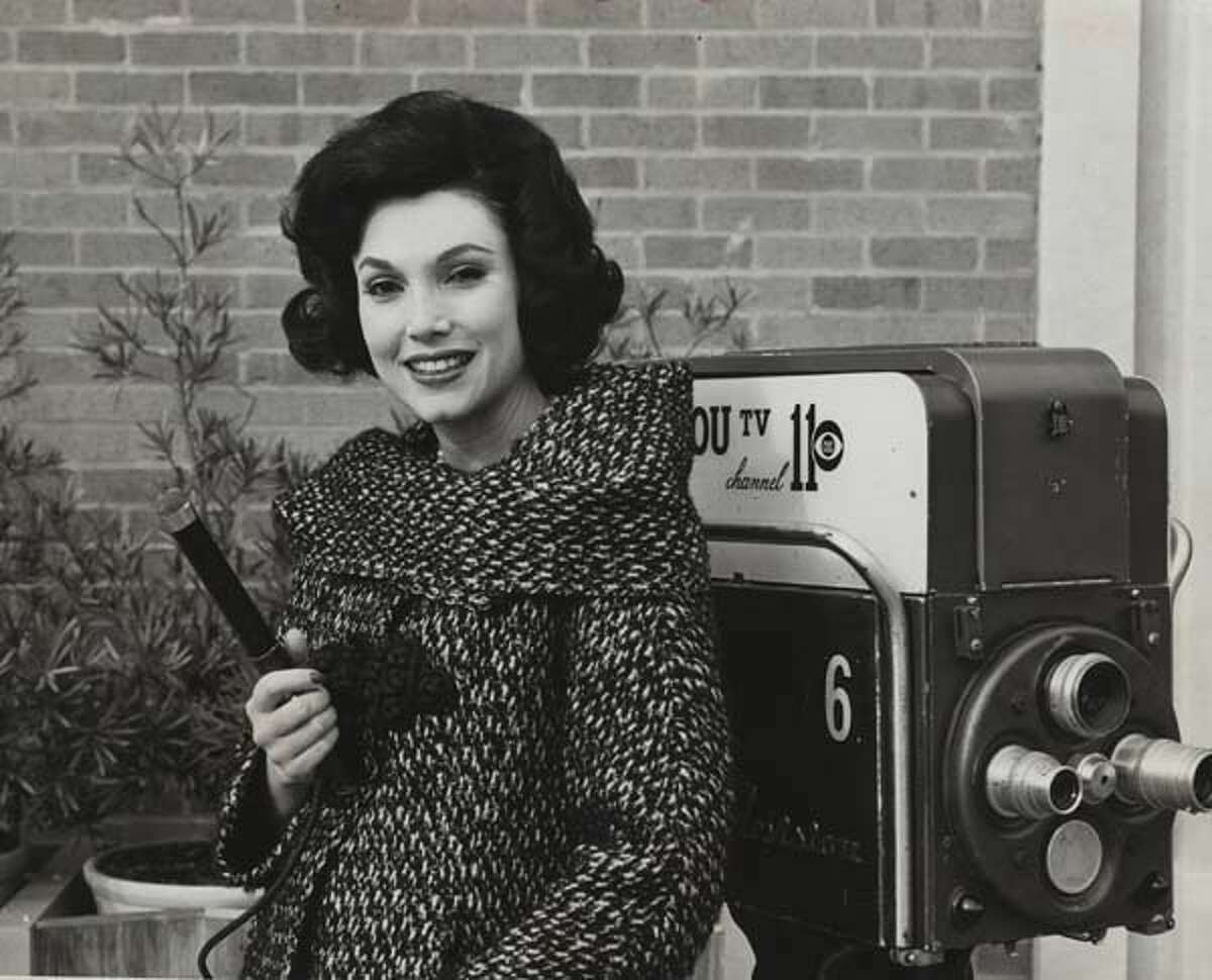 1964:KHOU reporter Joanne King, who later became known as Joanne Herring.