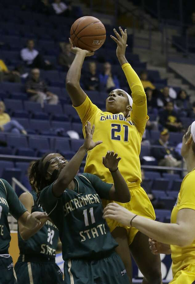 FILE — California forward Reshanda Gray (21) shoots over Sacramento State guard Takara Burse (11) during the first half an NCAA college basketball game in Berkeley, Calif., Wednesday, Dec. 3, 2014. Photo: Jeff Chiu, Associated Press