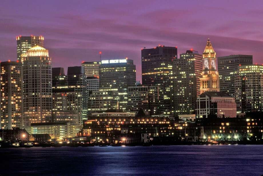 Skyline At Night, Boston, Massachusetts (Photo by Visions of America/UIG via Getty Images) Photo: Visions Of America, Contributor / UIG Via Getty Images / © 2005 VisionsofAmerica.com/Joe Sohm.  All Rights Reserved. (800) SOHM-USA (764-6872)