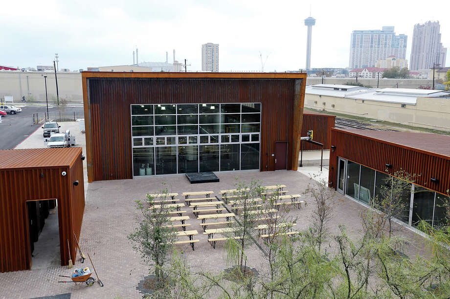 The Alamo Brewery (shown here) originally had planned to use the disputed 1.7-acre property as the site of its brewery. But it shifted the brewery to a neighboring site after the Hays Street Bridge Restoration Group protested the plan. Photo: Edward A. Ornelas, Staff / San Antonio Express-News / © 2014 San Antonio Express-News