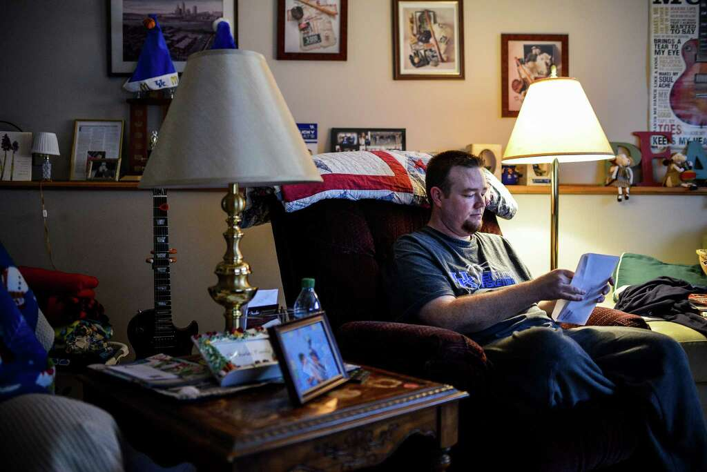 Unsteady Incomes Keep Millions of Workers Behind on Bills - San ...