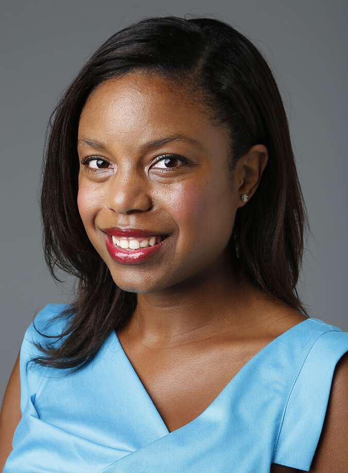Amber Elliott is the society reporter for the Houston Chronicle. She's ready to share her secrets on how to look good for the fall party season. Keep clicking for her guide to the movers and shakers in Houston's society scene.