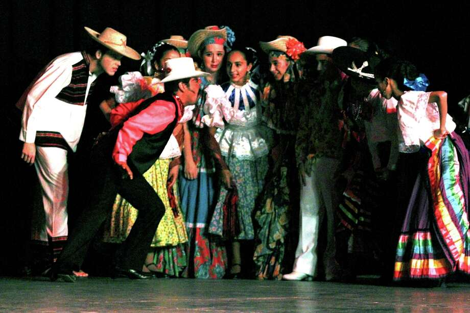 """""""FIESTA DE NAVIDAD"""":Performance by the Guadalupe Dance Academy featuring traditional dances of Mexico and Spain, December 19-20. Photo: Courtesy Photo"""