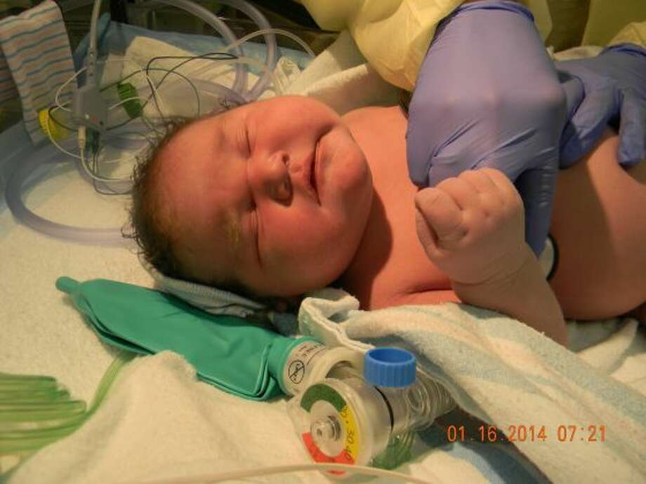 Andrew Jacob Cervantez was born via an emergency Cesarean section at Desert Valley Hospital in Hesperia, Calif., on Jan. 16, 2014. Andrew Jacob tipped the scales at 15 lb, 2 oz, and measured 24 inches long. Photo: KTLA