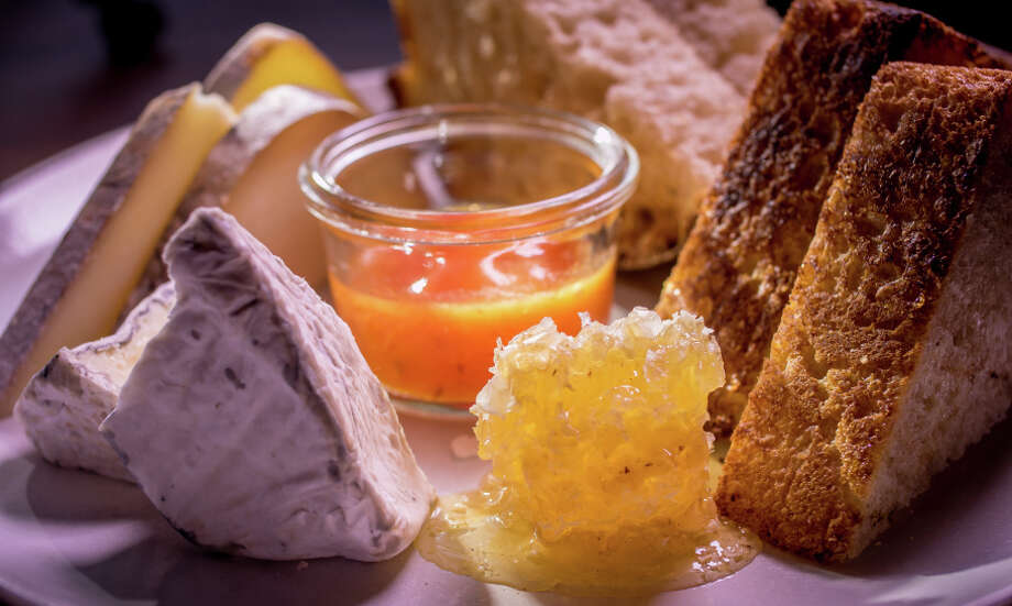 Andante Tomme and Nocturne cheeses with Honeycomb at Outerlands. Photo: John Storey / Special To The Chronicle / ONLINE_YES