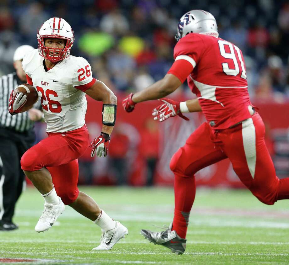 After meeting in last year's playoffs, Katy and Manvel figure to be among the Greater Houston Area's top teams once again in 2015.Click through the gallery to see the Chronicle's 2015 preseason rankings. Photo: Karen Warren, Houston Chronicle / © 2014 Houston Chronicle
