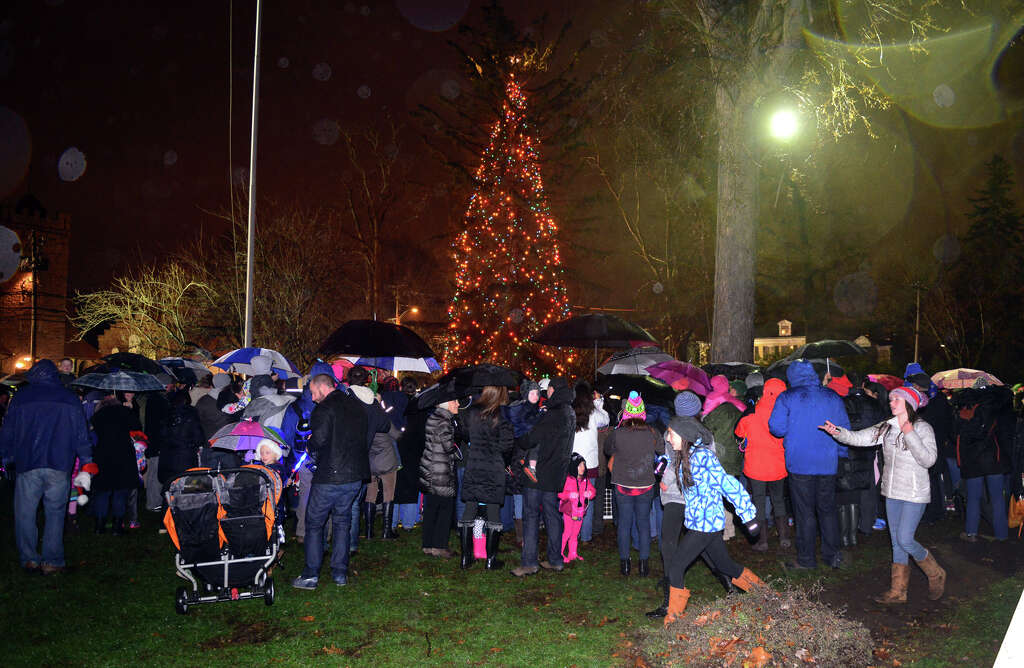 The annual tree lighting and visit by Santa Claus at the Fairfield Town Hall Green on & Fairfield tree lighting - Connecticut Post azcodes.com