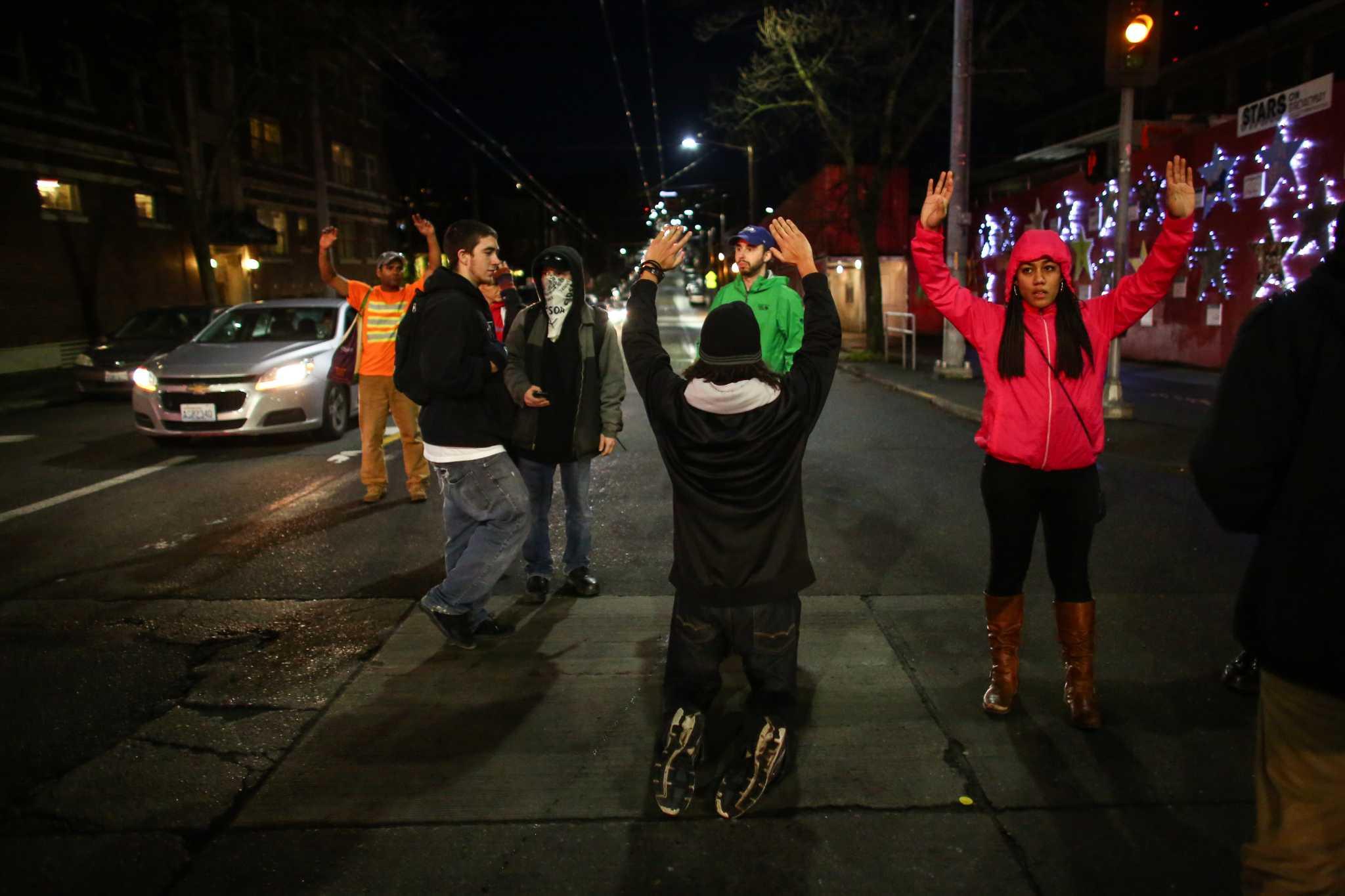 British police arrest 113 climate change activists   Otago