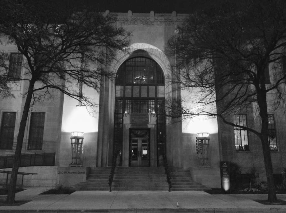 Glancing at the Market Street structure that houses the Briscoe Western Art Museum, one might think it always has served in that capacity. It hasn't. The building once housed the main city library. Photo: Robert Kolarik, San Antonio Express-News