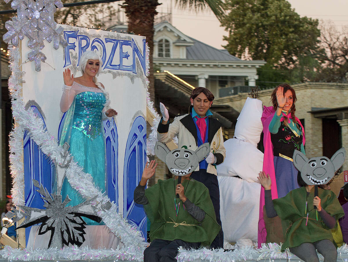 A Frozen float with Elsa and Anna at the 37th annual Alamo Heights Holiday Parade on Broadway, Saturday, Dec. 6, 2014.