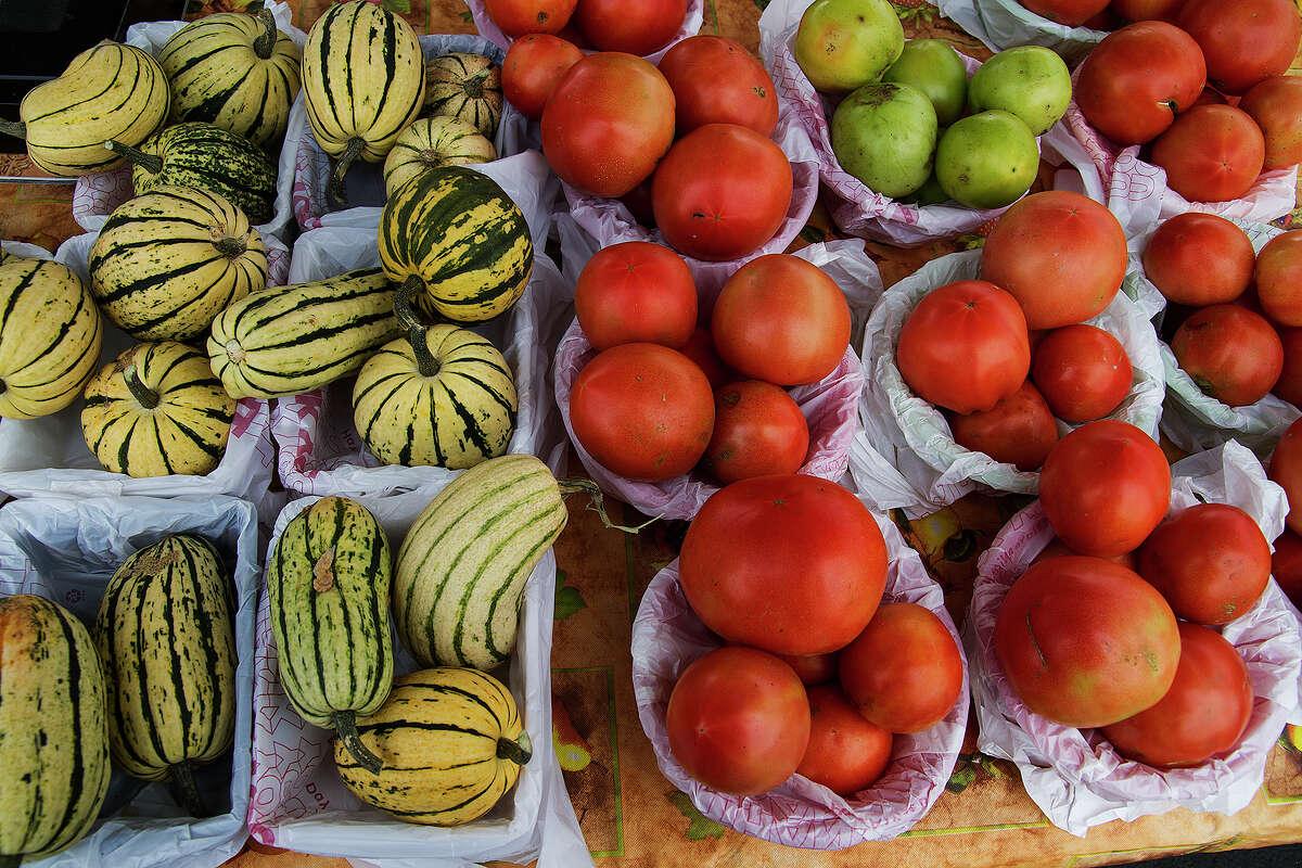 Tomatoes Non-organic: $.74/lb. Organic: $2.98/lb.