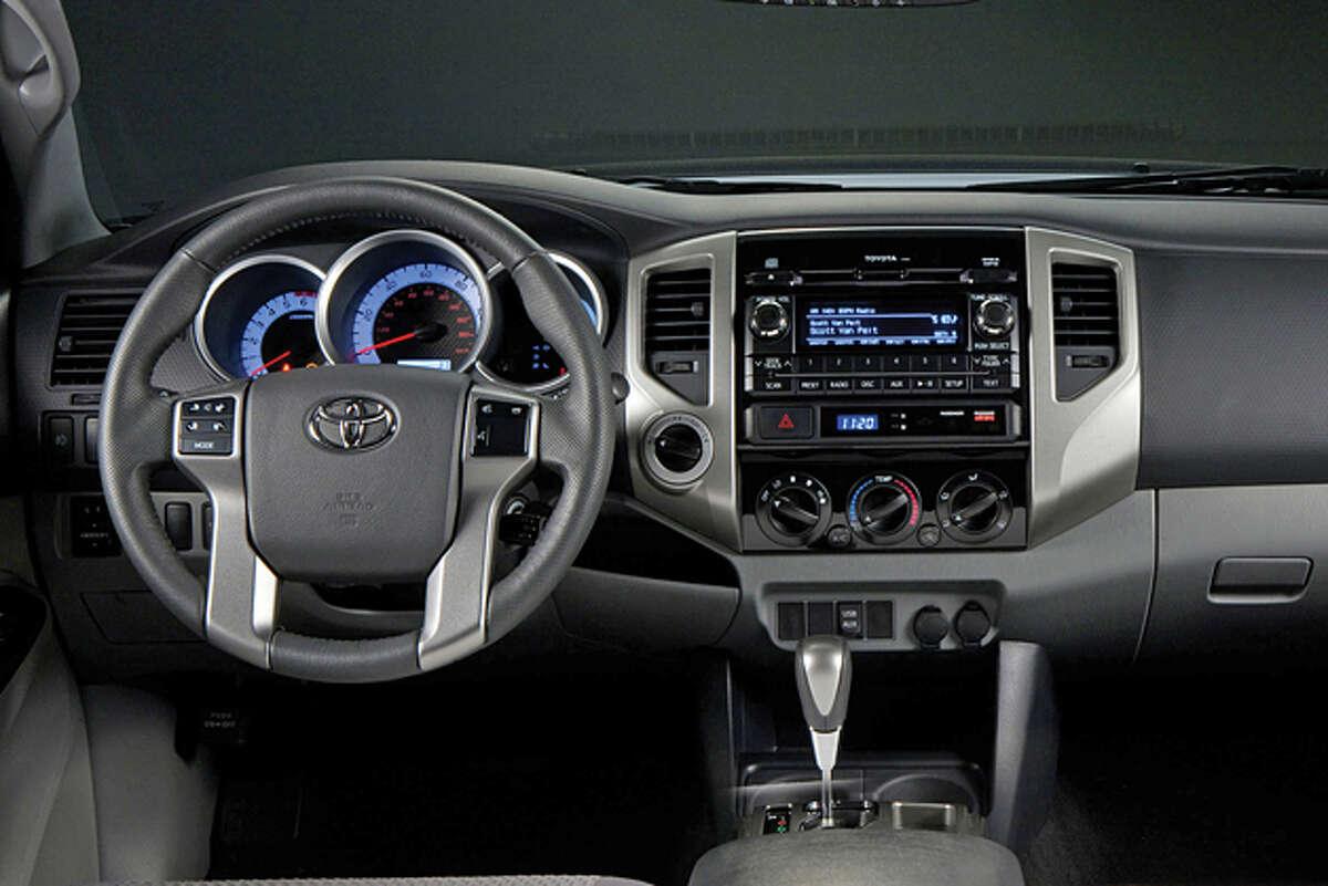 2015 Toyota Tacoma Access Cab V6 4x4 (photo courtesy Toyota North America)