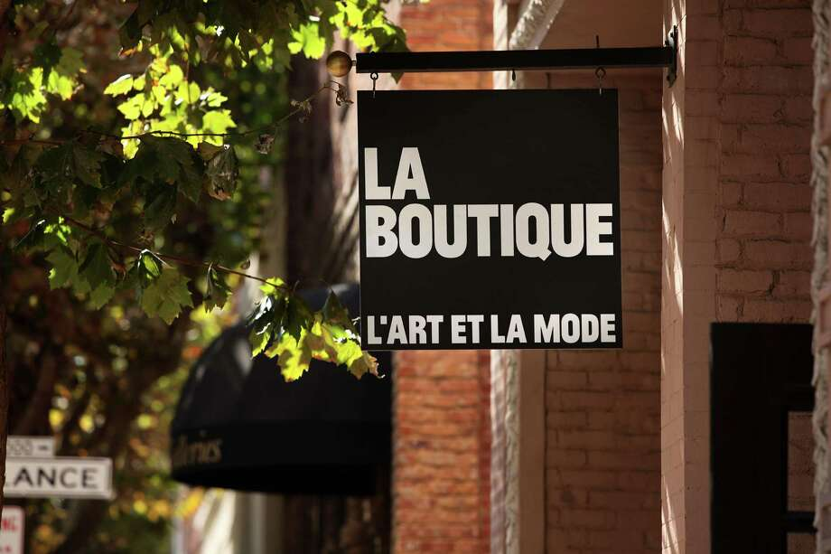 La Boutique in the Jackson Square area of S.F., carries clothing designers Firma, Won Hundred, Collection 66 and Athé Vanessa Bruno. Photo: Liz Hafalia / The Chronicle / ONLINE_YES