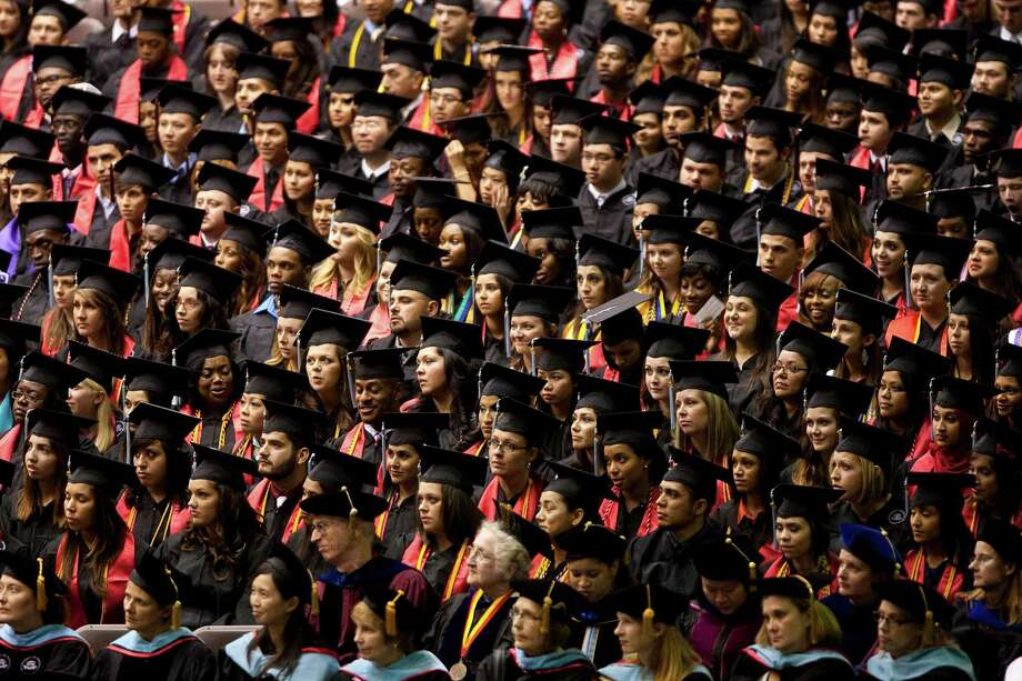 Graduating students from the University of Houston. Photo: Nick De La Torre, Staff / © 2012  Houston Chronicle