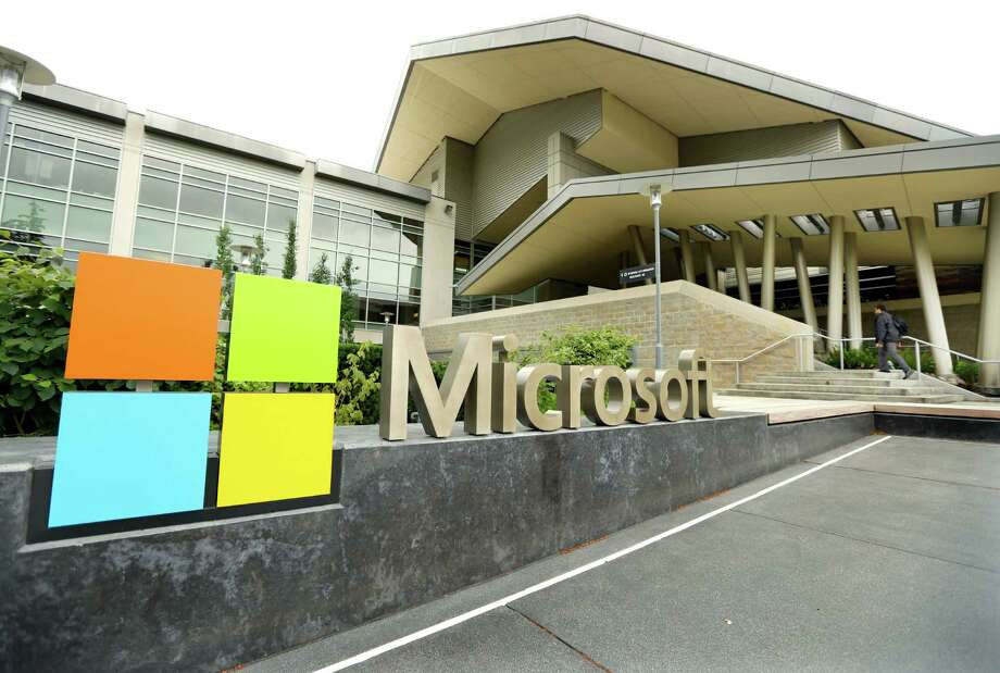 Microsoft lawyers are challenging a judge's order, saying that the government does not have the power to seize e-mails that are stored in overseas servers. Photo: Ted S. Warren / Associated Press / AP