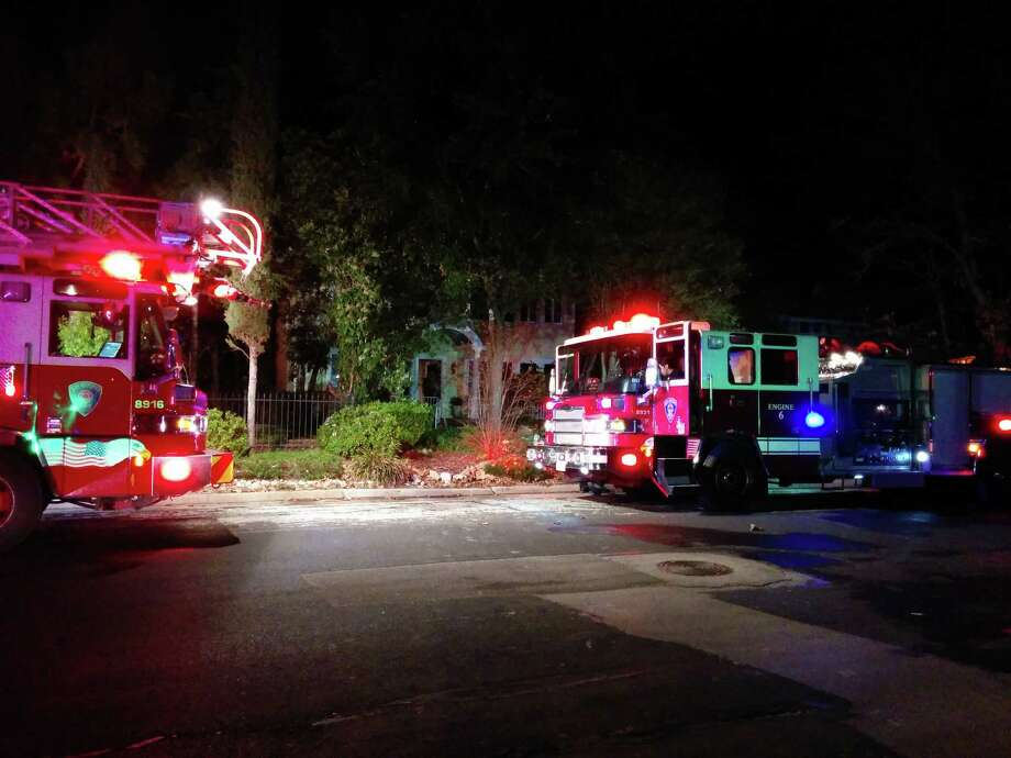 Fire units at the 200 block of West Mistletoe Avenue Tuesday night. Photo: By Jacob Beltran, For MySA.com