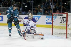 Sharks struggling to restart sellout streak - Photo