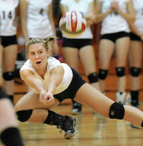 Burnt Hills' Jessica Dillon makes a save during their volleyball game against Niskayuna on Thursday, Oct. 16, 2014, at Niskayuna High in Niskayuna, N.Y. (Cindy Schultz / Times Union) Photo: Cindy Schultz / 10028988A