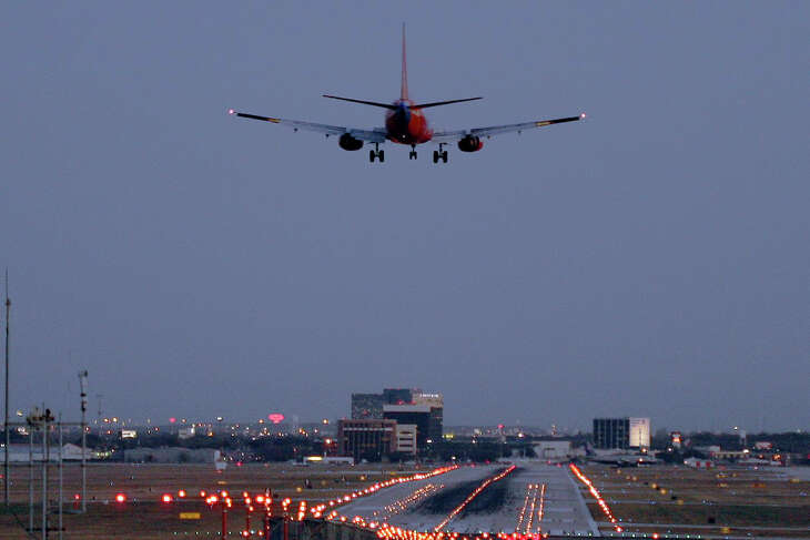 The Country Scientist and 8 million other passengers passed through the San Antonio International Airport in 2006. Photograph by Forrest M. Mims III.