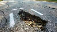 S.A. roads cause hundreds of dollars in damages to vehicles - Photo
