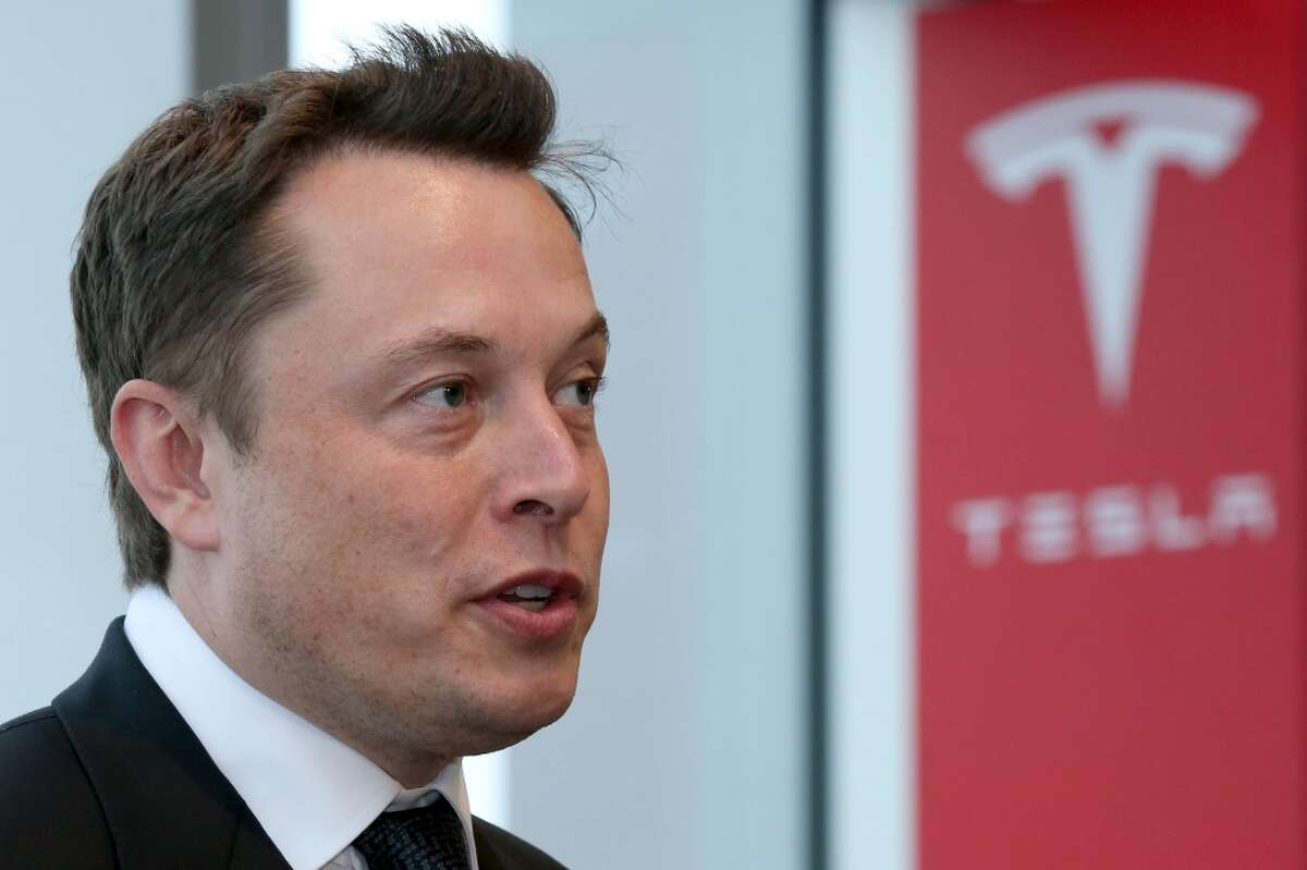 Challenger: Tesla Motors, Inc.Situation: Elon Musk's automotive company has had trouble selling its wares in Texas. He wants to sell his vehicles directly to consumers.