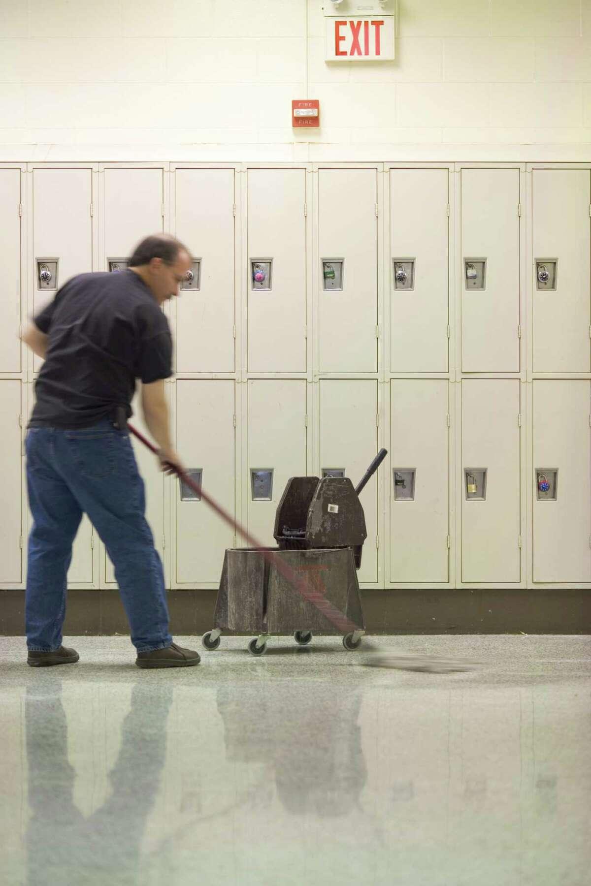 Janitors AlaskaWashington DCIllinoisMassachusettsMinnesotaRhode IslandUtah