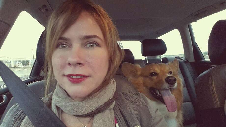 Driving in Houston with my Corgi, Rusty. Photo: Olivia P. Tallet