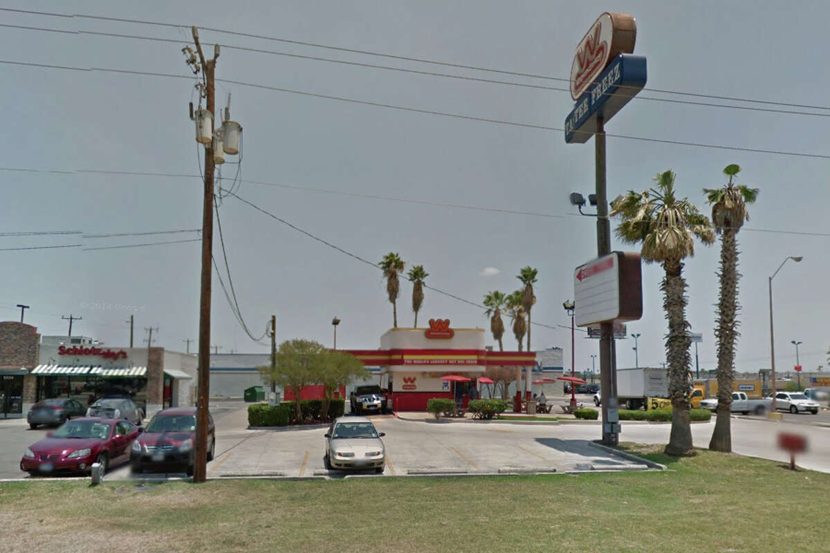 WIENERSCHNITZEL: 8530 PERRIN BEITEL San Antonio , TX 78217 Date: 09/24/2015 Demerits: 14Highlights: Observed sanitizing bucket stored on shelf directly above box of sweetener packets, establishment had training for proper hand washing procedure when employees handle foods with bare hands but no employee had signed it.
