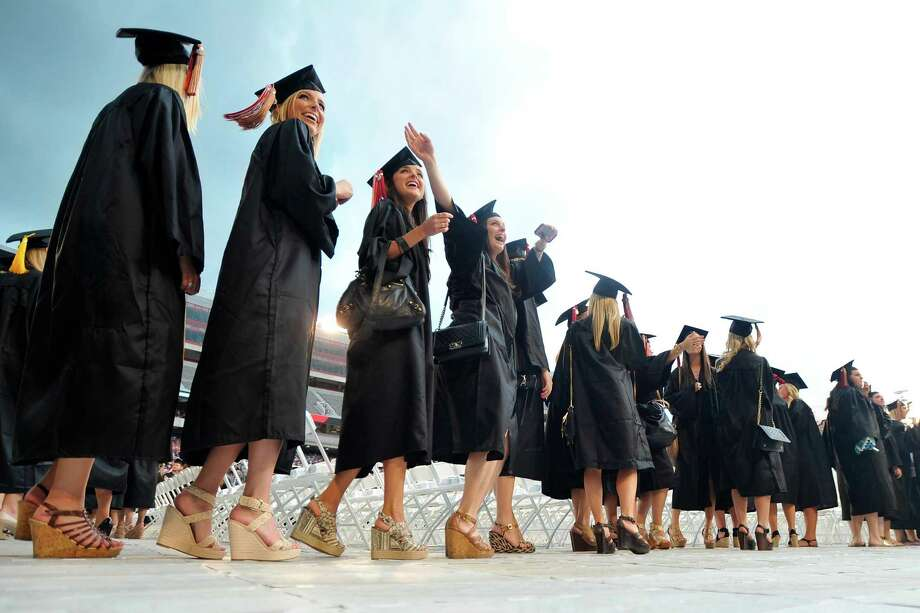 Based on third-quarter numbers, economists at the New York Fed said 11.6 percent of the $1.2 trillion in outstanding federal and private student loan debt is at least three months past due, higher than the percentage of late payments on all other forms of consumer credit — mortgages, credit cards and car loans. Photo: Associated Press File Photo / Athens Banner-Herald