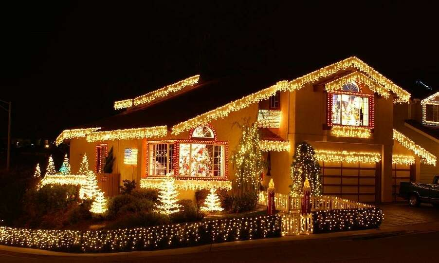 Christmas Decorated House San Francisco : Woodside ct south san francisco mateo county