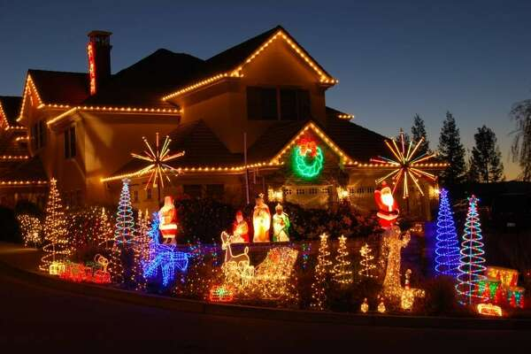 802 Gray Fox Cir. Pleasanton, Alameda County, 94566  - This holiday light displays animations that move to music that you can hear on an FM station and on outdoor speakers.