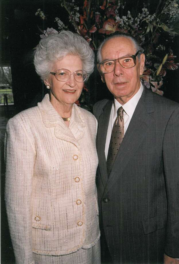 Edith and Josef Mincberg celebrated their 50th wedding anniversary in 1999.